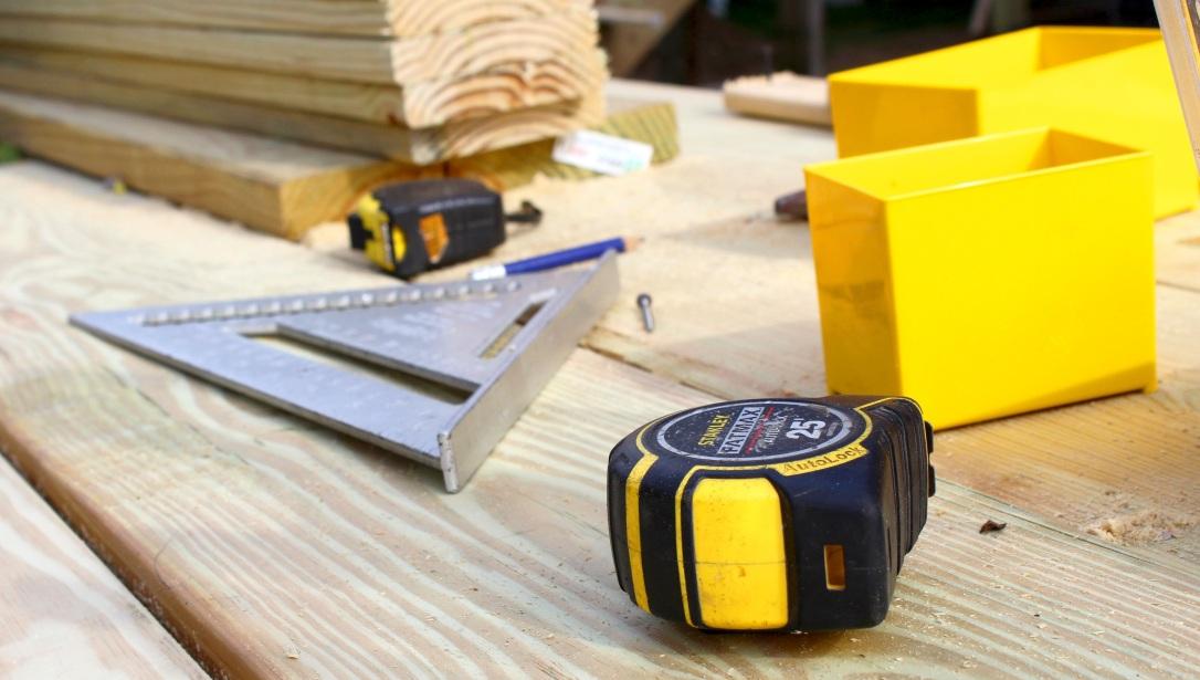 tape-measure-1726546